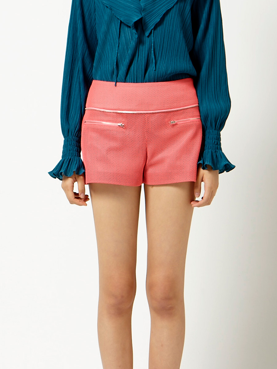 Ruffle Layer Mesh Shorts in Pink
